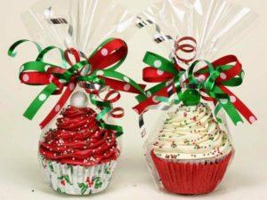 diy-homemade-christmas-gift-ideas-cupcake-gifts