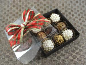 caixa-e-forminhas-natal-cxb9-001-embalagem-brigadeiro-gourmet