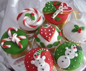 How To Bake And Decorate Christmas Cupcakes Happy Family Guide - Best Template Collection